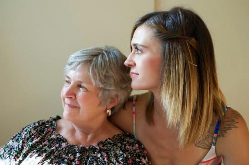 Майка и дъщеря - снимка