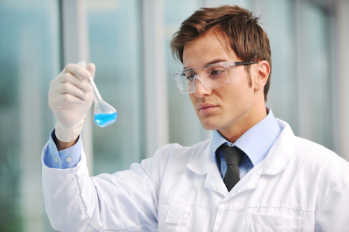 Photo of a laboratory assistent